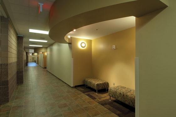 Corridor seating alcove